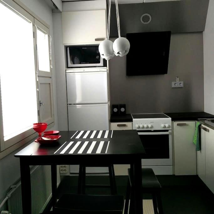 City apartment + sauna for 1-2 - Oulu - Lägenhet