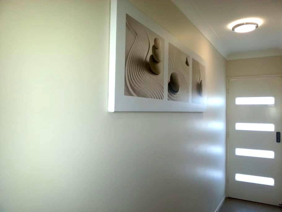 Studio, Central Coolum, Comforts of Home - Coolum Beach - Apartment