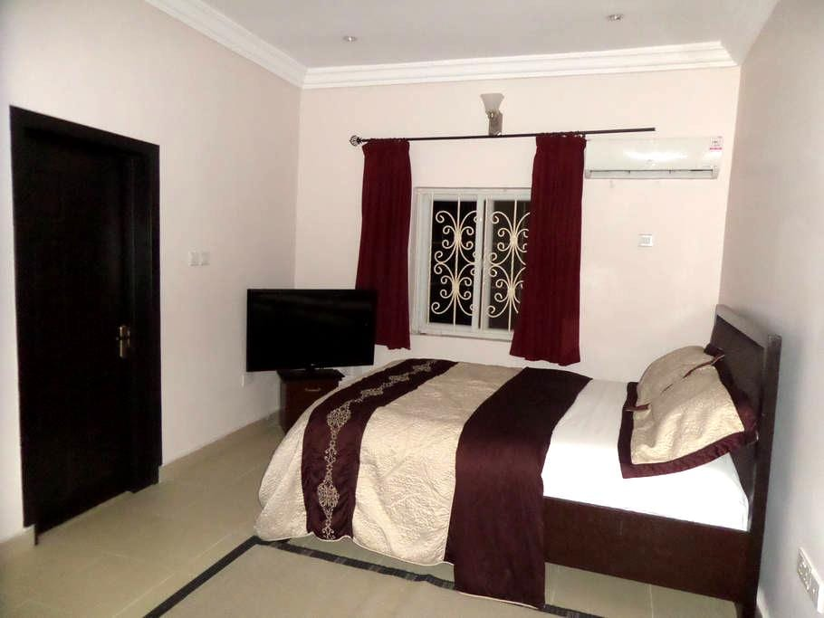 Comfort Private Room In Ajah shangotedo - Lekki - Apartment