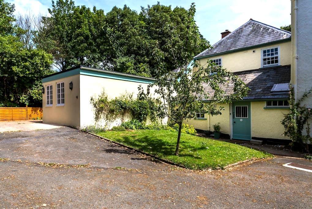 Vicarage Cottage, Kenton, Exeter UK - Kenton - Casa