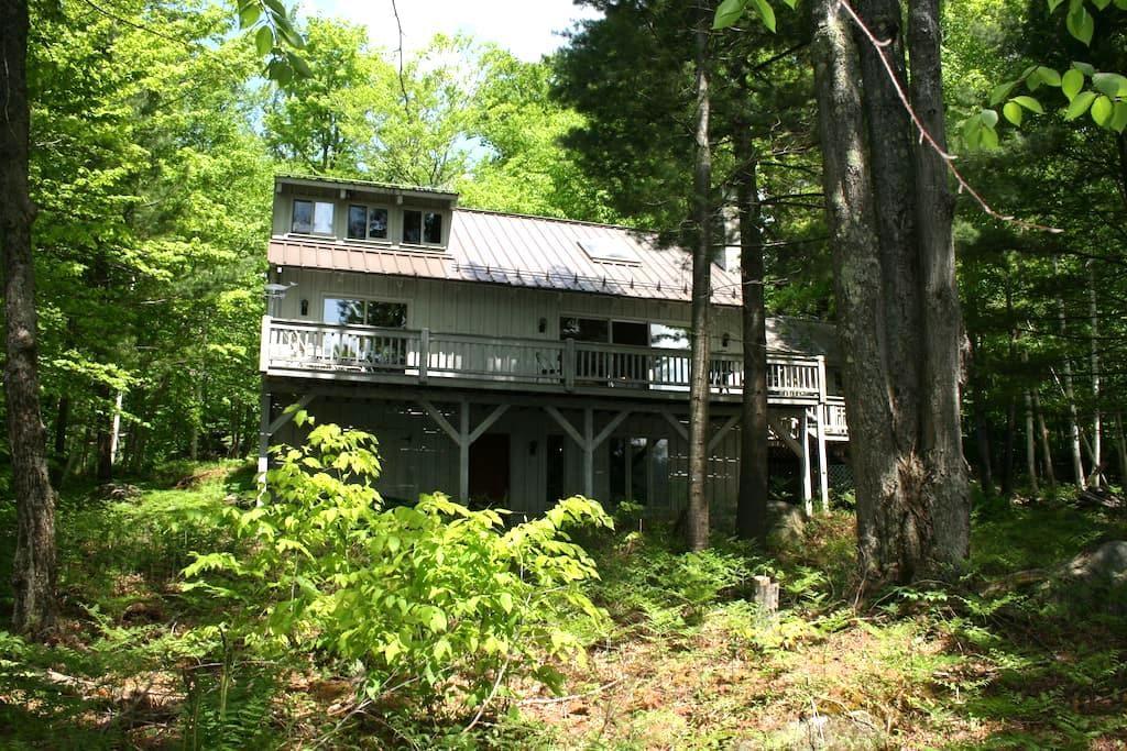 Dover Cottage on Gull Pond - Tupper Lake