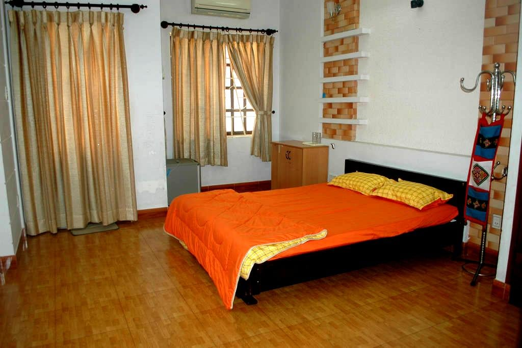 Nice room near Airport for rent ! - Ho Chi Minh City - House