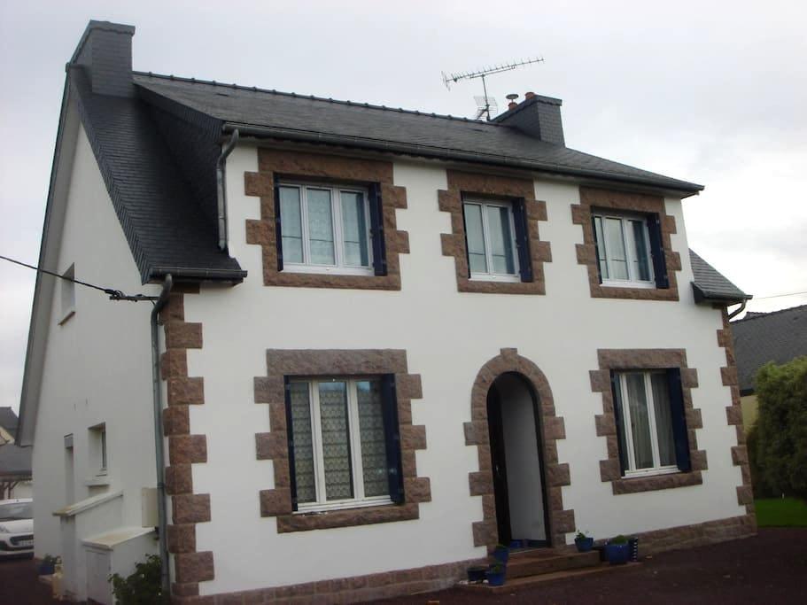 Appartement 2 - Côte de Granit Rose - Trégastel - Apartament