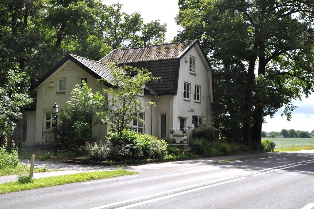 Koepel Enschede (4  persoonshuis) - Enschede - Bed & Breakfast