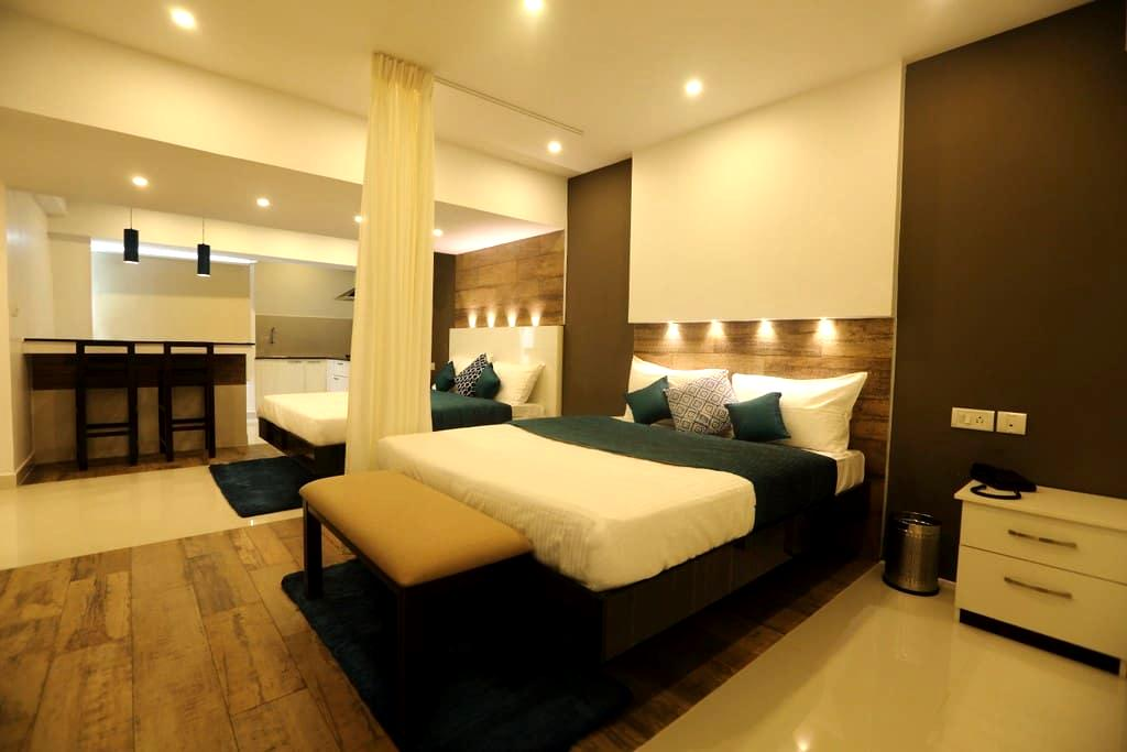 Studio Apartment near Apollo Greams Road_402 - Chennai