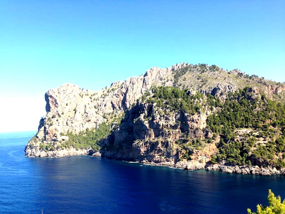 SPECTACULAR SERVICED MAJORCAN SEA-MOUNTAIN VILLA - Escorca