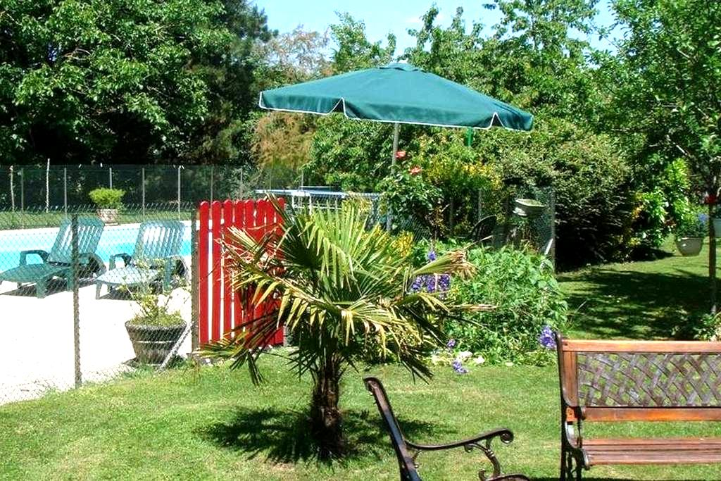 Charming vacation rental / Chambord - Messas - Huis