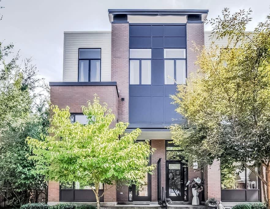 Industrial 3-Story Townhome in East - Nashville - Adosado