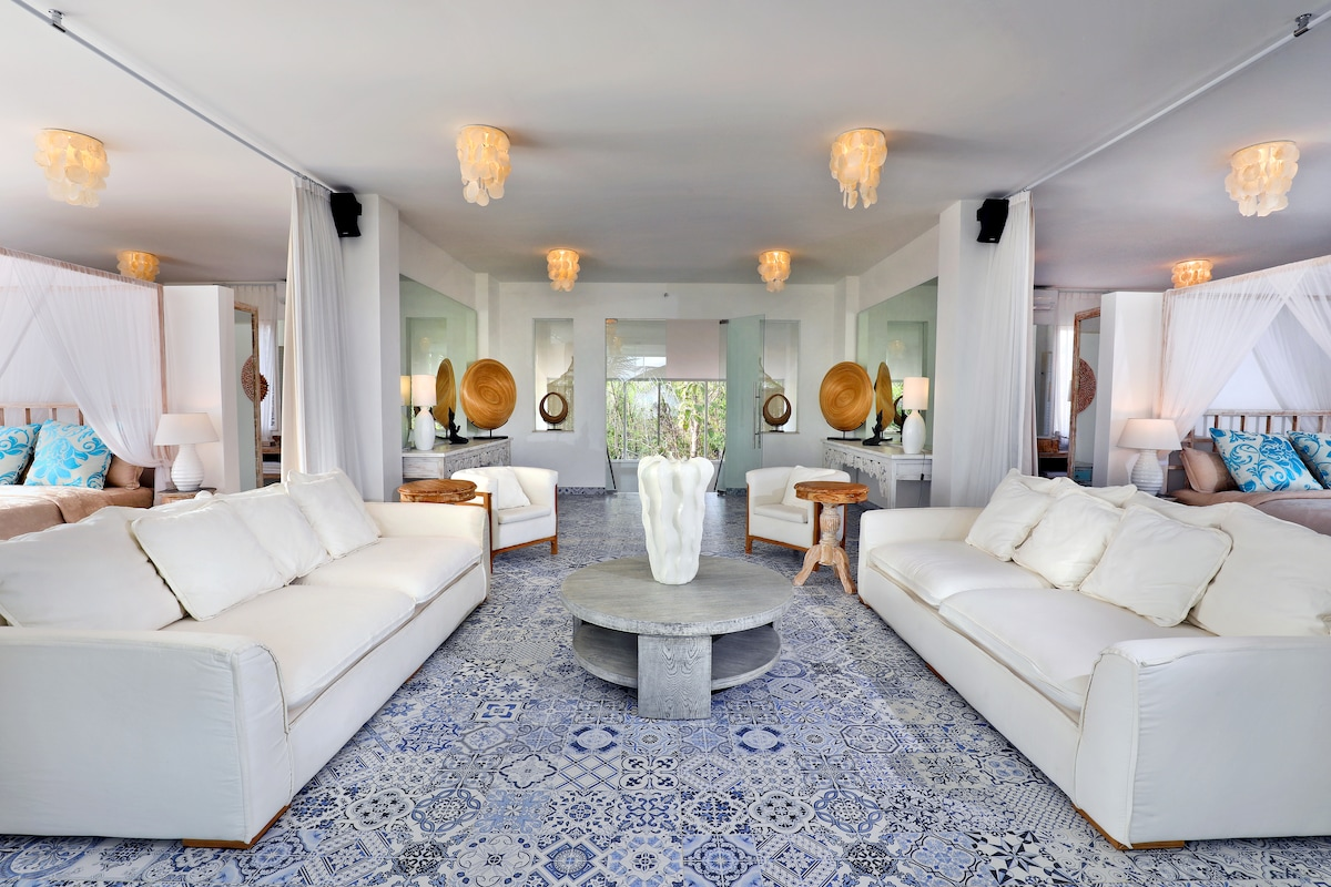 Terrazza Plenilunio Entire Villa Package Bed And