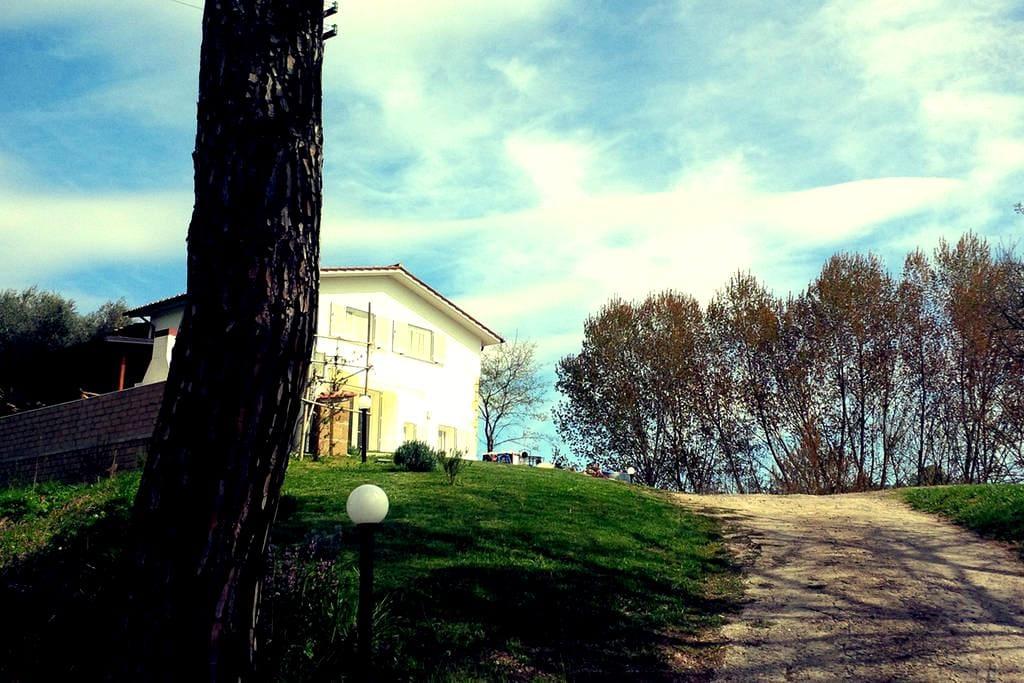 Charming farmhouse - Farnese