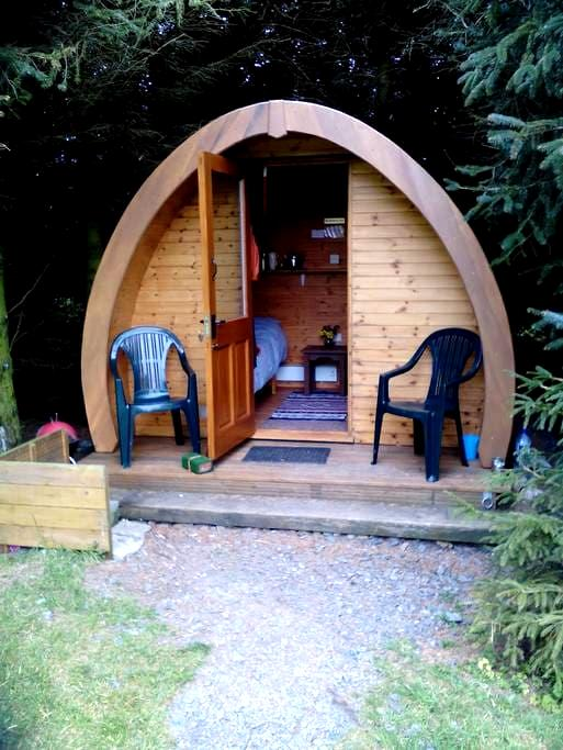 Cosy cabin for 2 + people + camping - Kirkcolm