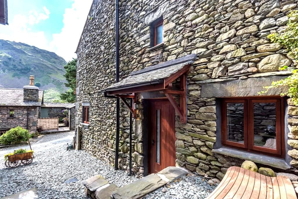 'The Studio' on Broadrayne Farm in Grasmere - Grasmere - Apartemen