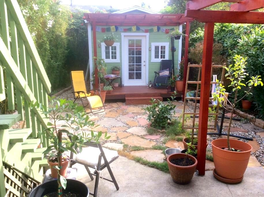 Charming El Cerrito location - El Cerrito - Apartment