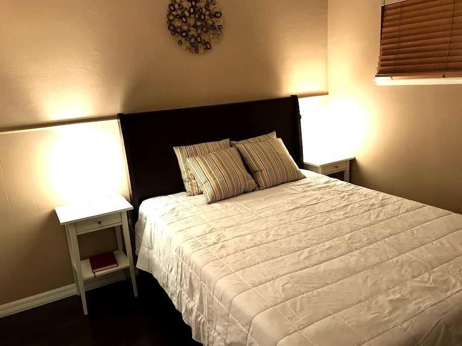 Cozy 1 Bed 1 bath next to Disney/Convention/knots - Anaheim - Huis