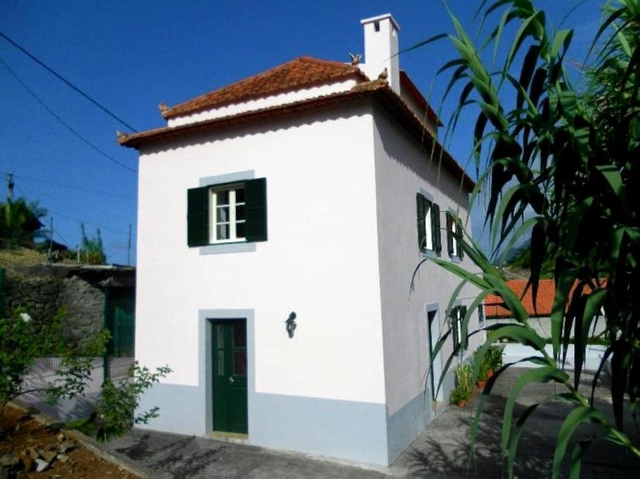 Porto da Cruz holiday cottage - Porto da Cruz - House