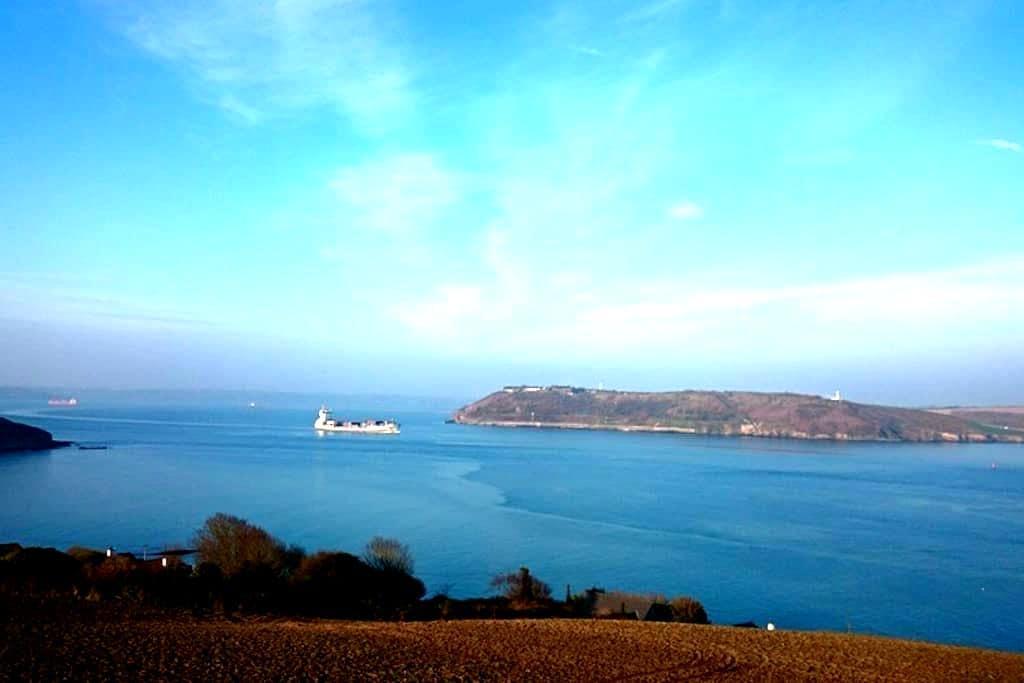 Crosshaven-Beautiful Harbour Views - Crosshaven - Hus
