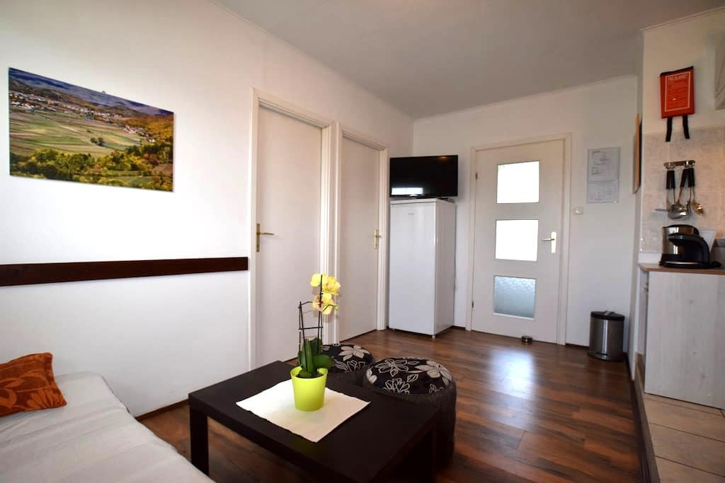Apartment Gacka - Prozor - Appartement