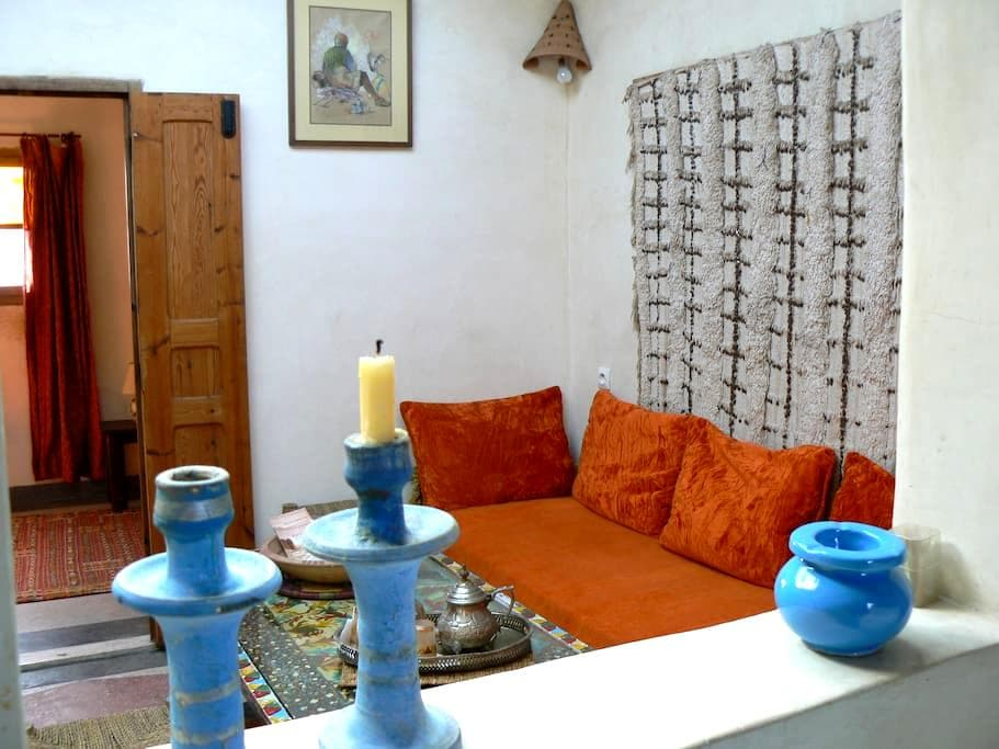"""Bluecaravan""  appartement ORANGE - Essaouira"