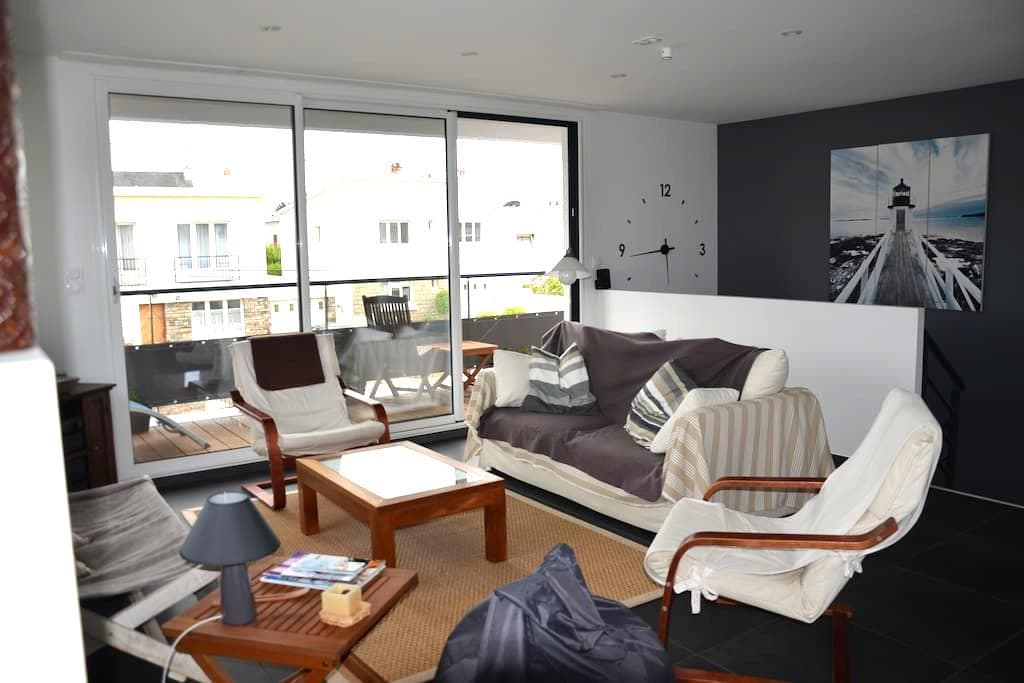 Modern house 100m off the beach - Larmor-Plage - Huis