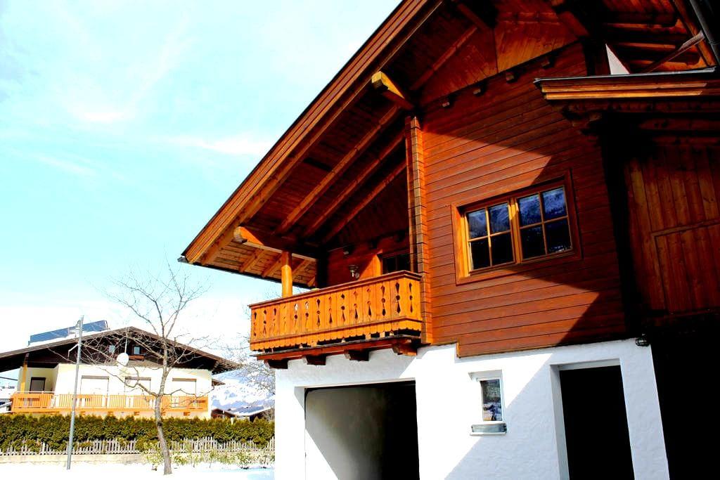 gemütliches Haus in Lavant - Lavant - บ้าน