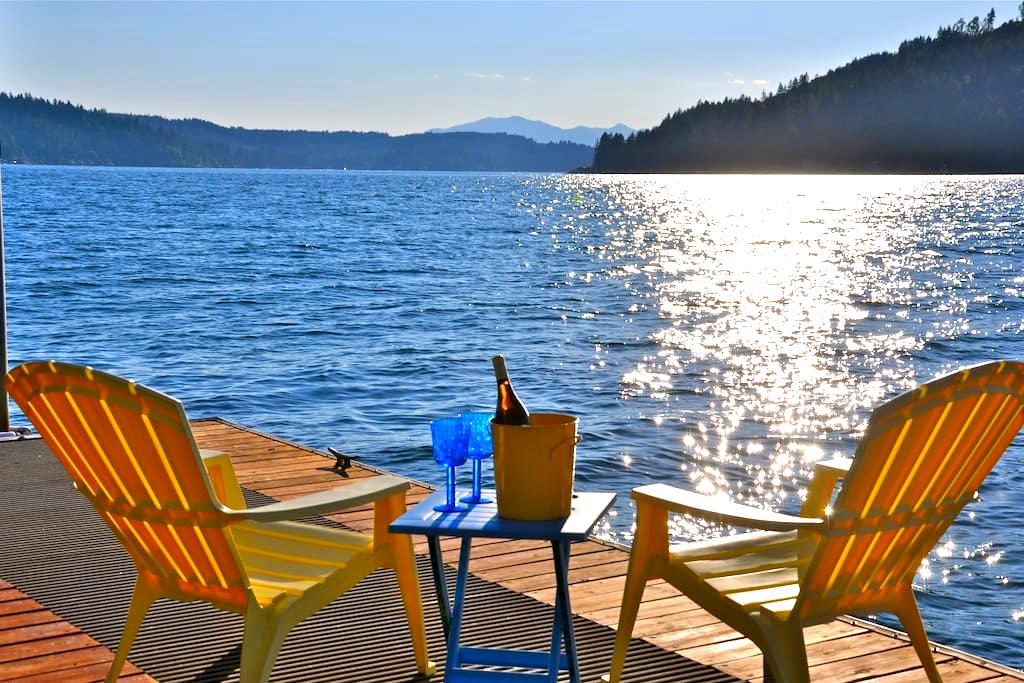 Hood Canal Gem! Views, Hot Tub & Oyster Beach! - Union