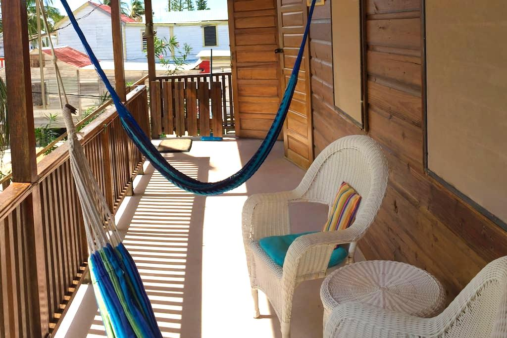 Casa Amancer - Pool and Seaviews - Caye Caulker - Ev