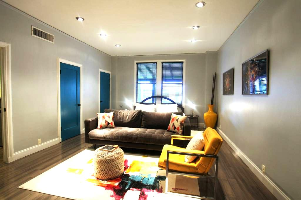 Vibrant Historic Studio in Uptown - Dallas - Apartemen