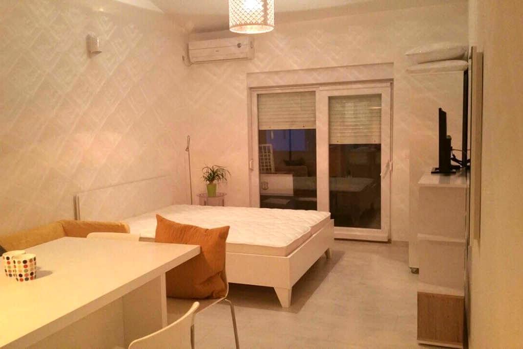 new studio sea side - Metajna - Appartement