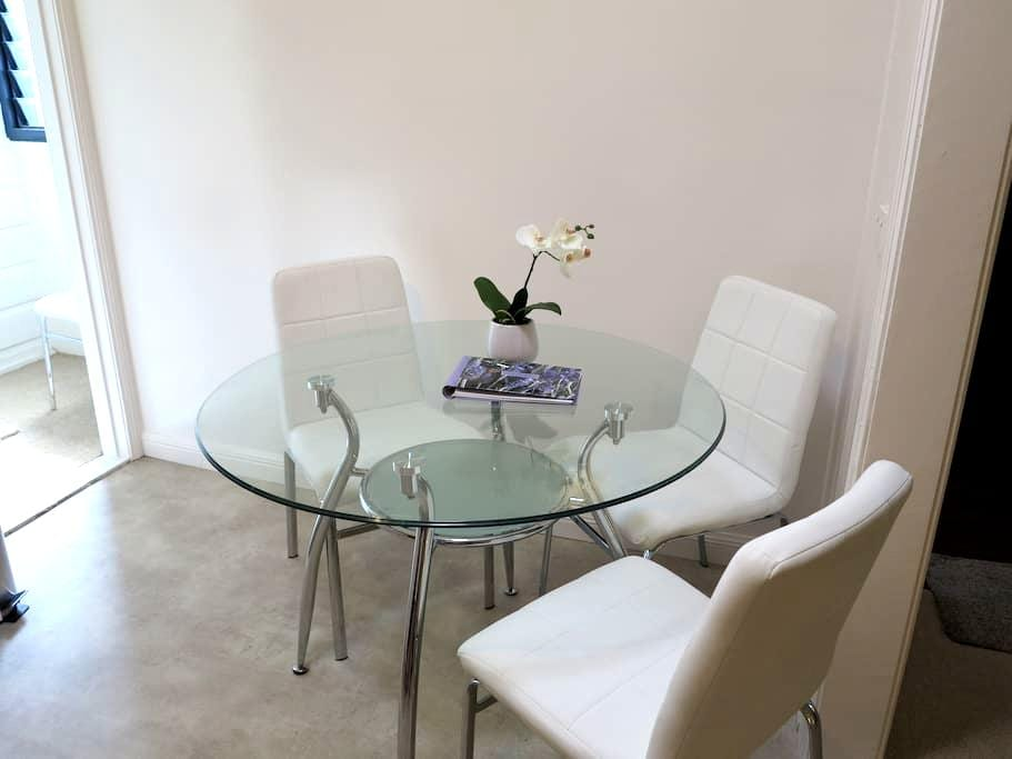 StayonQ-Central location, PA, City - Woolloongabba