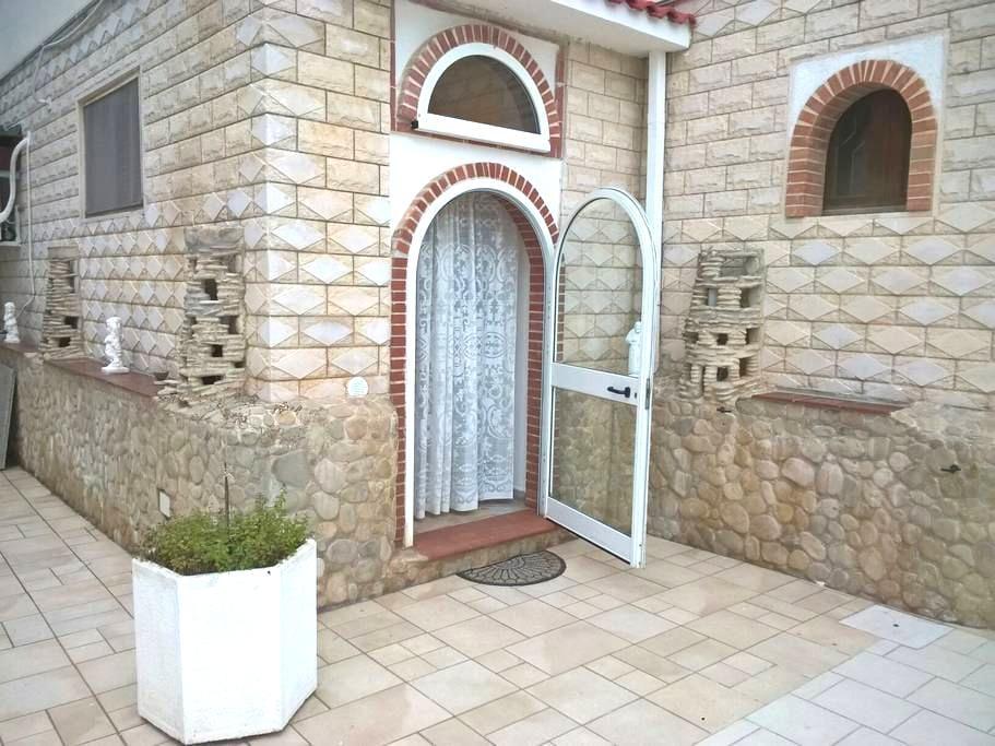 Appartamento a pochi metri dal mare - Carovigno, Puglia, IT