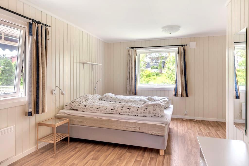 Large house - 5 bedrooms - Kristiansand - Rumah