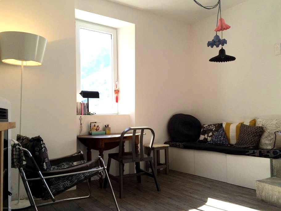 Charming apartment - Valbelle - Wohnung