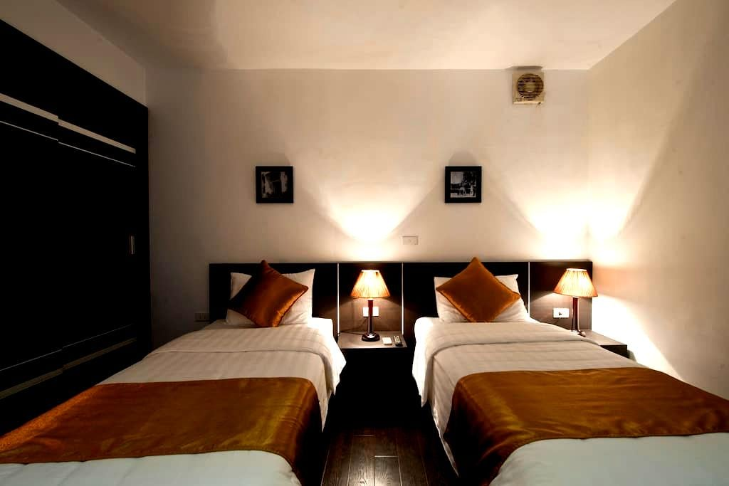 Twin standard for the backpackers - hanoi  - Bed & Breakfast