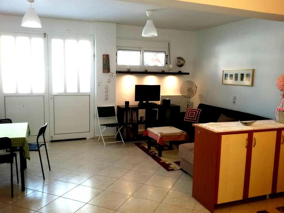 Semi Basement Family Apartment 80sqm in Corinth - Korinthia - 独立屋