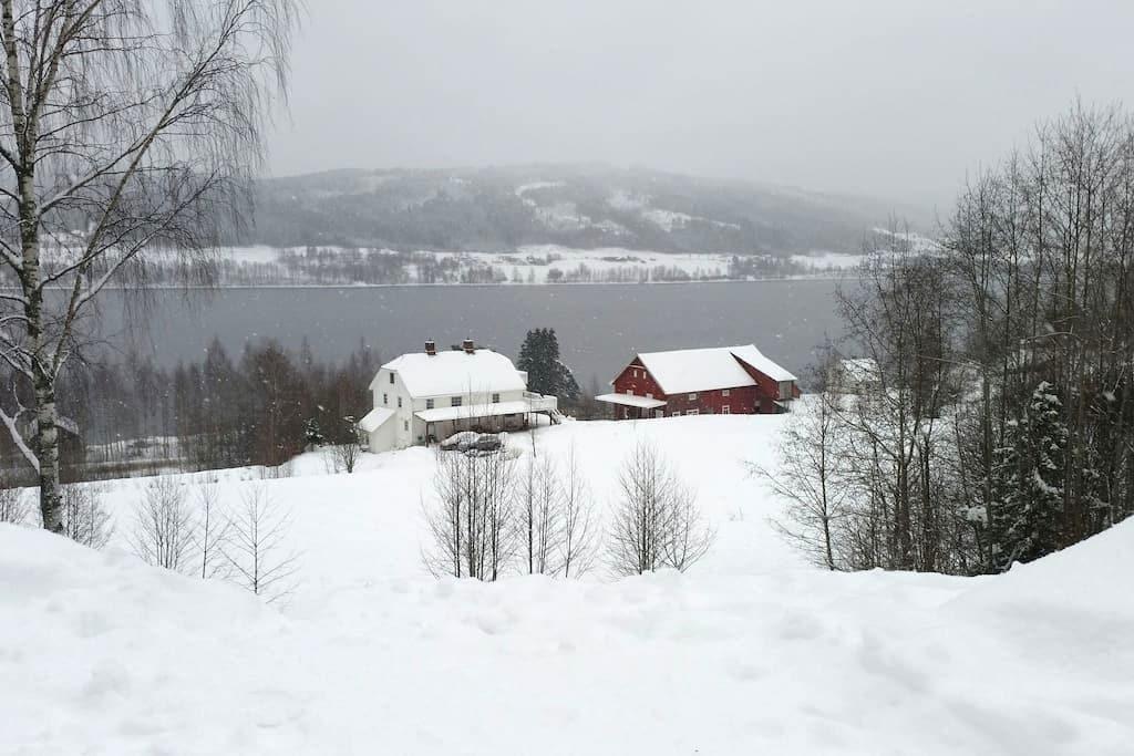 Lovely norwegian countryside - hov