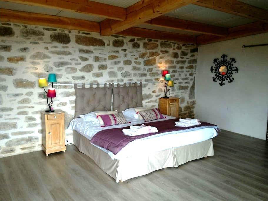 Chambre avec Panorama exceptionnel - Sousceyrac en Quercy  - Oda + Kahvaltı