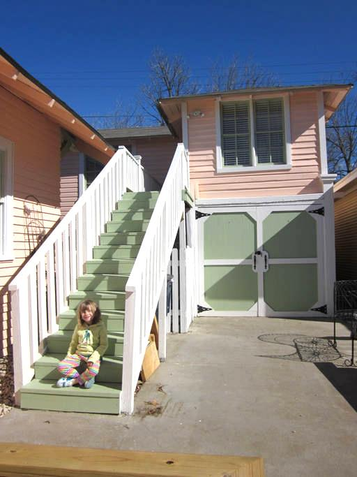 The Magnolia Guesthouse - Fort Worth