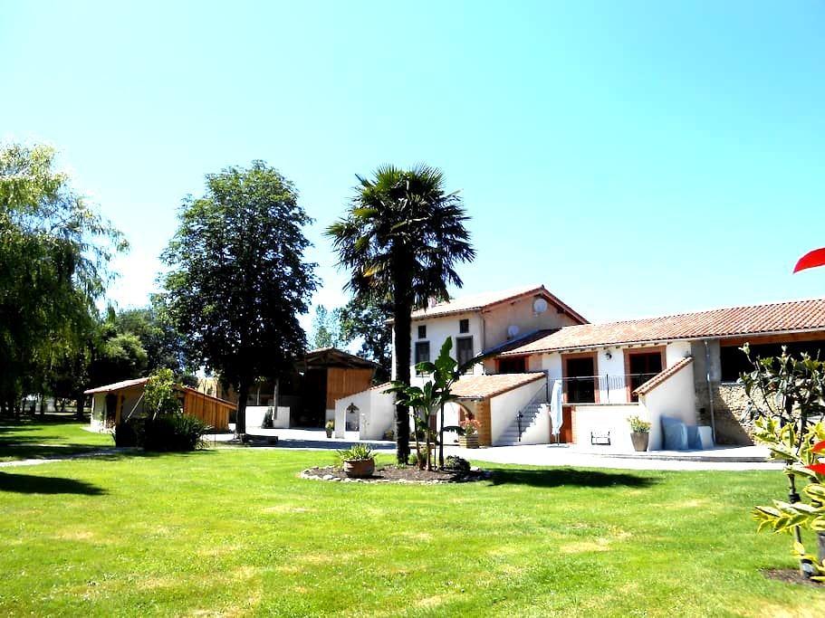 T2 indépendant attenant à la maison - La Bastide-de-Lordat - Apartament