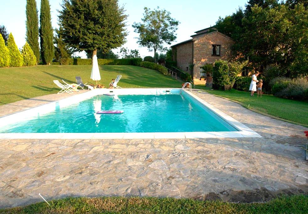 Appartamento in villa con piscina B - Porto