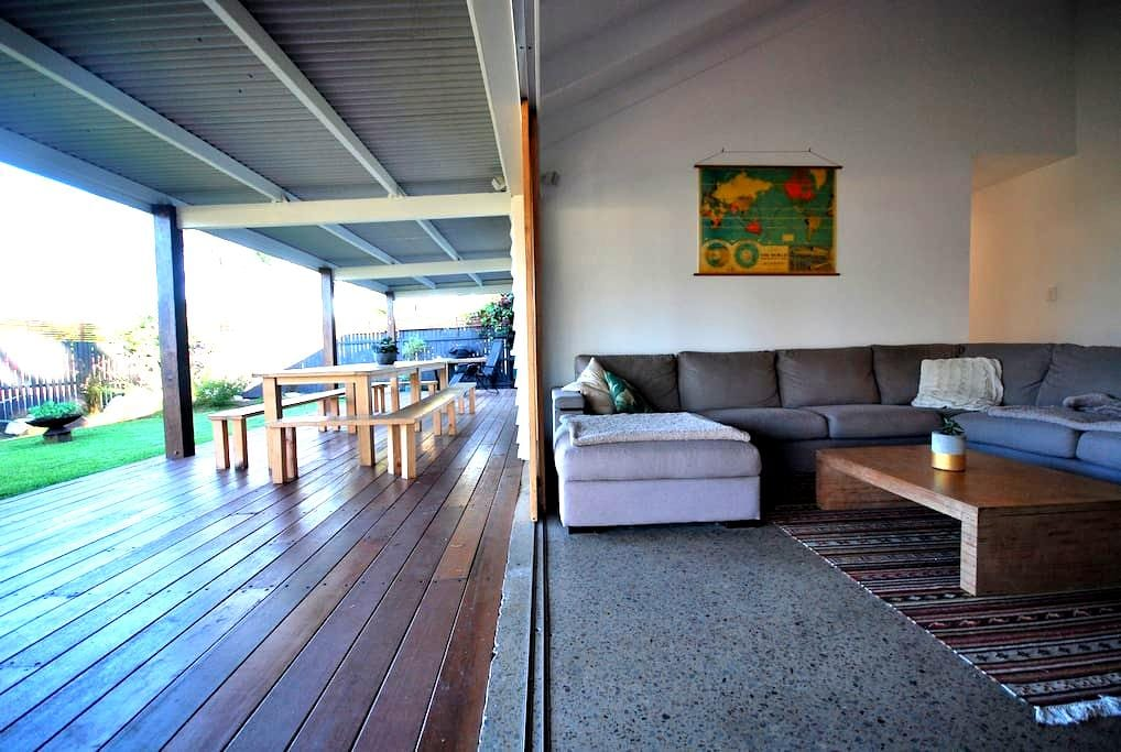Beach House @ Coolum- Dog Friendly - Coolum Beach - House