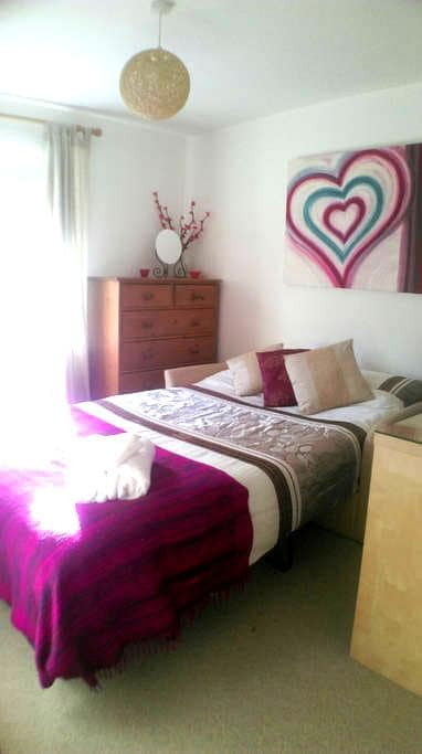 Lovely Room Near Sea and City(1of2) - Queensferry