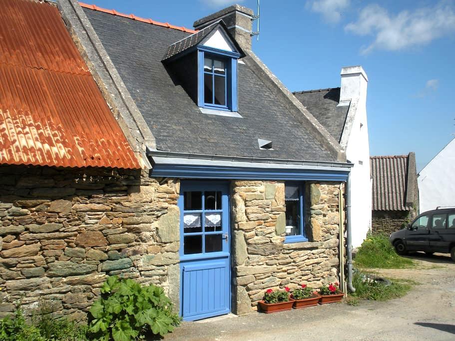 mignonne maisonnette sur Groix - Groix - House