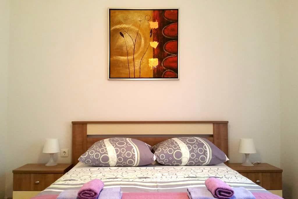 Beautiful flat for 2 in Novalja center - Novaglia - Appartamento