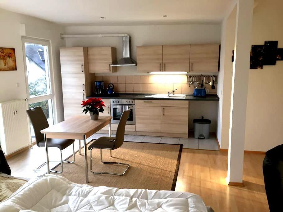 Gemütliches renoviertes Apartment - Sankt Augustin - Wohnung