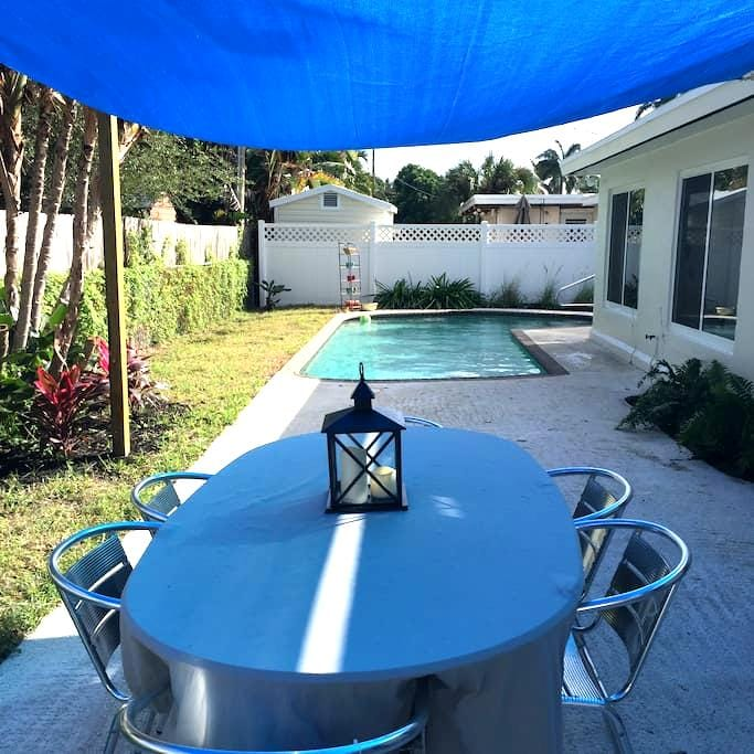 Clean, cozy and close to the beach - Pompano Beach - House