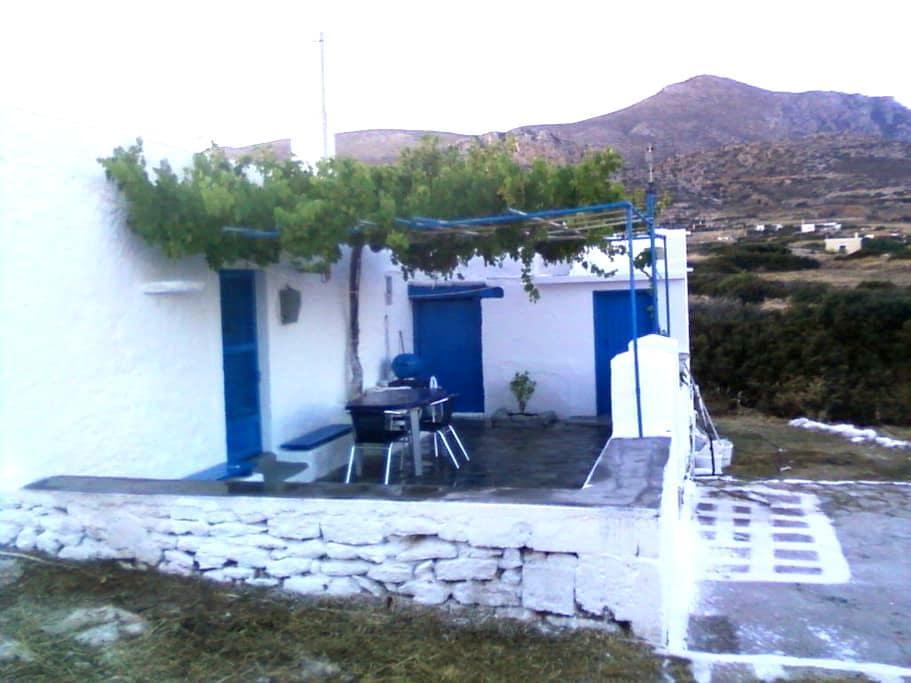 Tina's Cottage - Karpathos - Dům