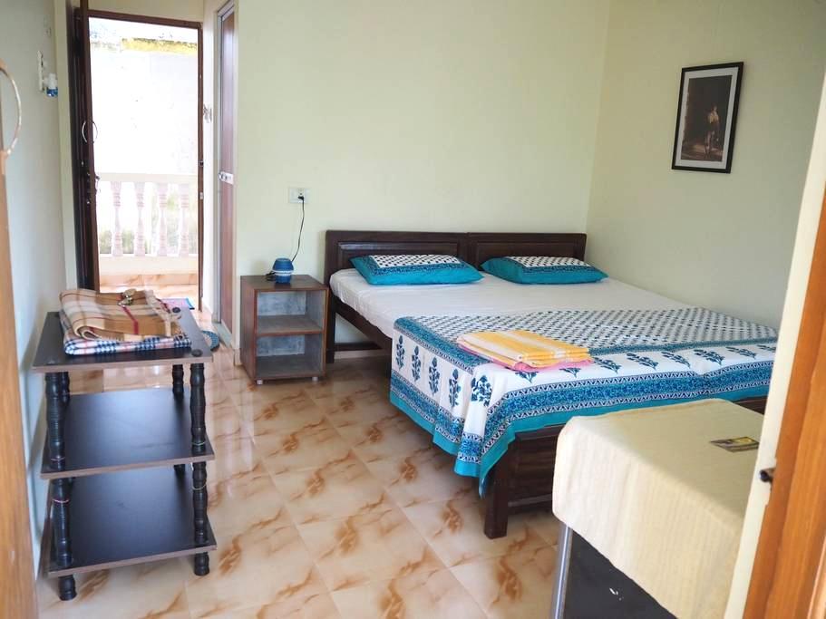 Charlotte Holiday Room 3 - Canacona - Apartment