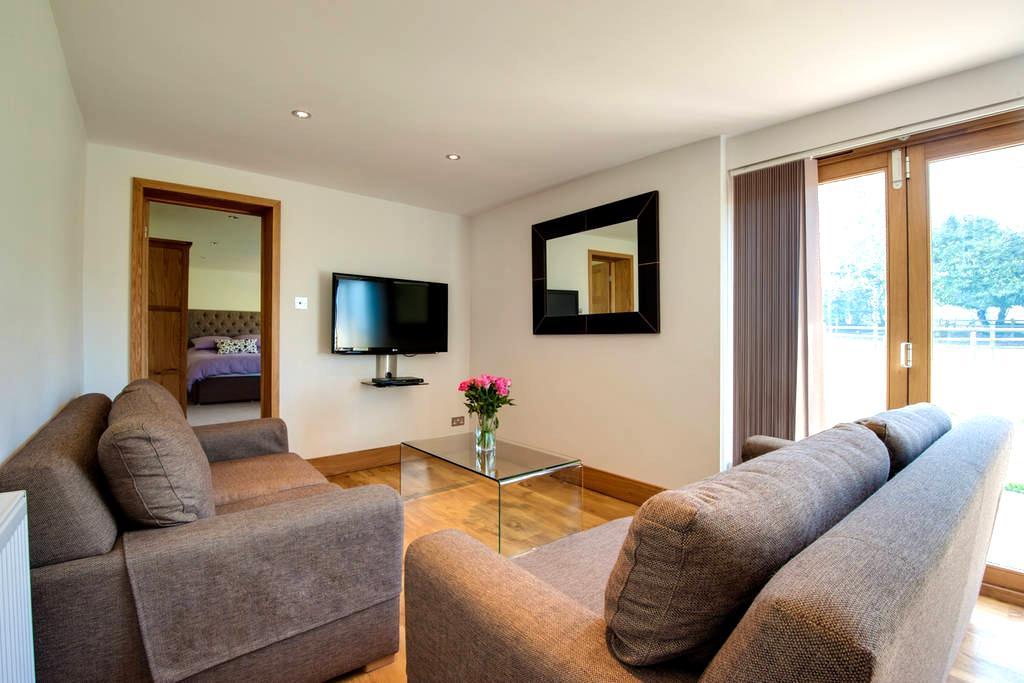 Bramble, luxury in idyllic setting - Groombridge
