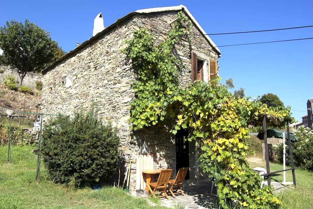 Charming house to rent in Corsica - Pietra-di-Verde - Haus