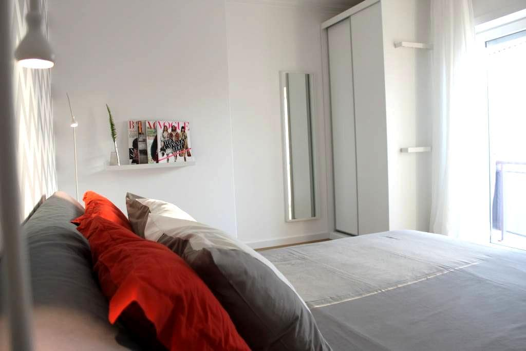 Child friendly 2 bed. ap. w/ private roof terrace - Ferrel - Apartment